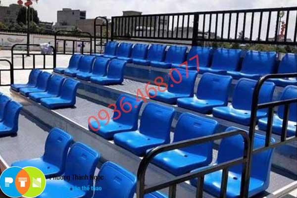 ghế khán đài ngoài trời